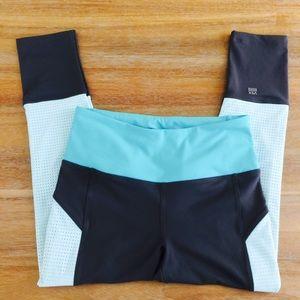 • VSX Sport Knockout Capri Legging In Blue •