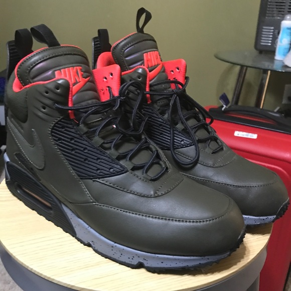 NIKE AIR MAX 90 SNEAKERBOOT Size 15 NWT