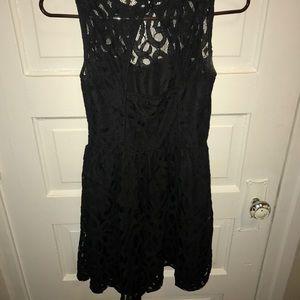 LC Lauren Conrad Dresses - SIZE 2 LAUREN CONRAD BLACK LACE DRESS!!! Worn 2x!