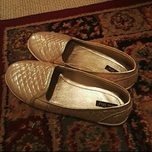 Shoes - Gold color flat shoes barely used
