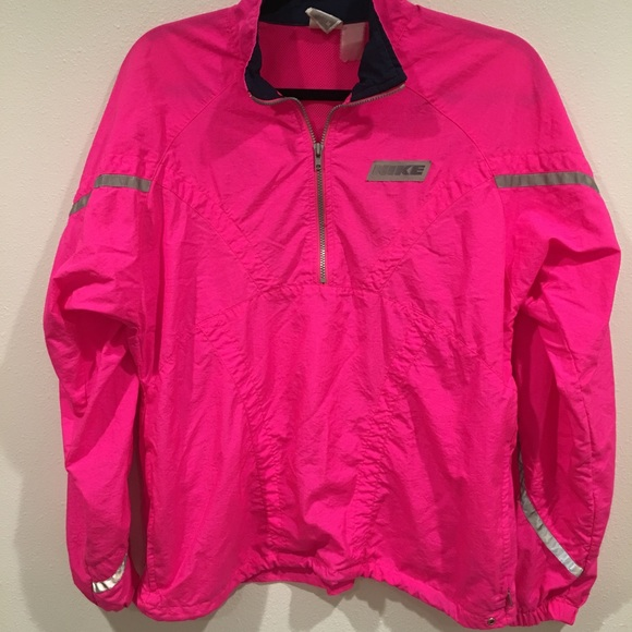 73111edf43 Vintage NIKE size M hot pink jacket windbreaker. M 598be248ea3f367f5502312b