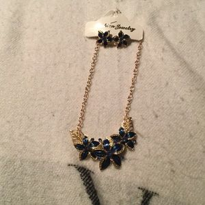 Jewelry - 2 piece earring and necklace set