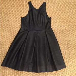 DV by Dolce Vita black pleater dress size L