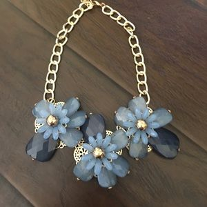Gorgeous , blue flowers, very elegant .
