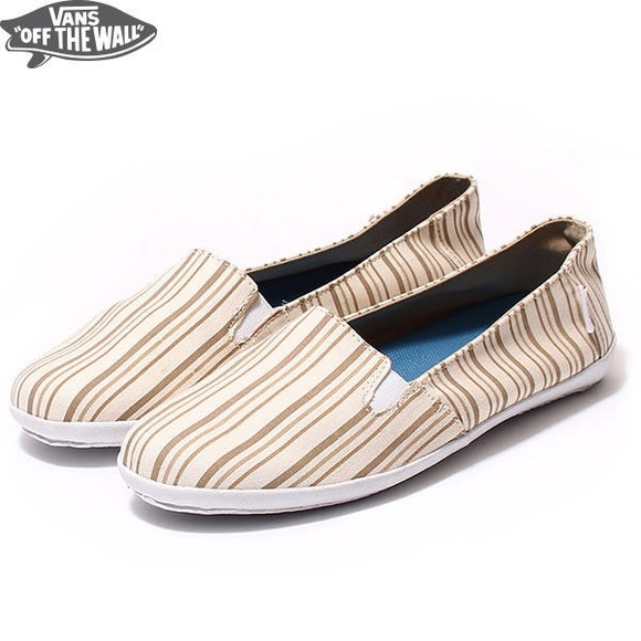 2c420037bdc035 Vans Surf Riders Bixie Hemp Slip On Sneaker. M 598c905813302a388f03a2bc