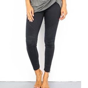 Pants - Black Moto Jegging with Ankle Zipper