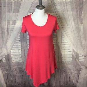 Pink short sleeve high low top