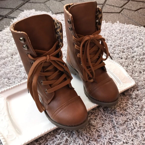 girls combat boots brown