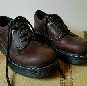 Dr. MARTENS Brown Leather Lace-Up Shoes Size 5