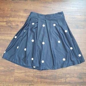 Dresses & Skirts - Highwaisted Pokadot Skirt