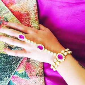 Jewelry - 2 for 1 Purple Handpiece! Don't miss out