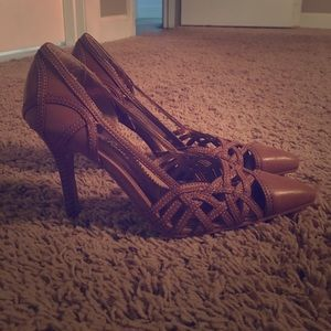 Charlotte Russe heels! Perfect brown! Size 7