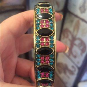 Jewelry - Pretty Heidi Daus bangle bracelet