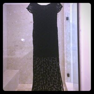 Dresses & Skirts - Sexy Long lace dress lined halfway down