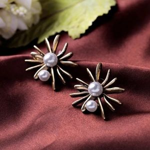 Pearl Burst Earrings