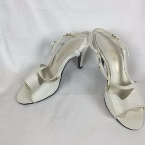 1970's White Leather Heeled Sandals