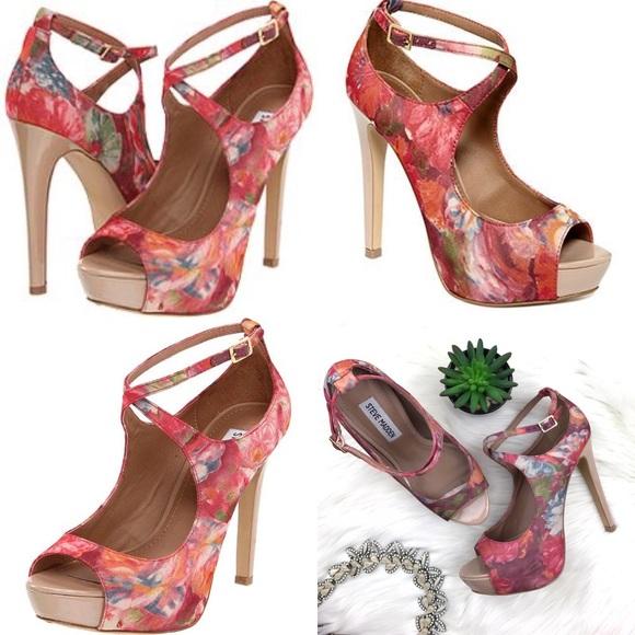 78ebd3c479d Steve Madden Hottness Floral Heels