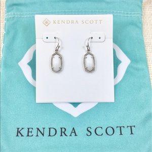 Kendra Scott Lee white pearl silver earrings