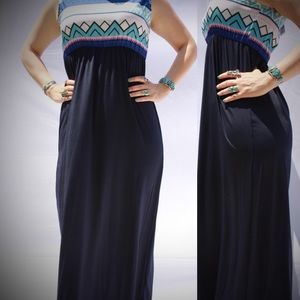 Dresses & Skirts - Tribal Maxi Dress NWT