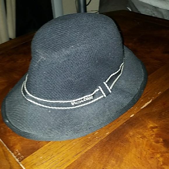 de883de9c72 Volcom bucket hat size large. M 598d3c6c4127d0a63606ce0f