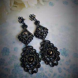 Jewelry - Vintage Victorian Style  Earrings