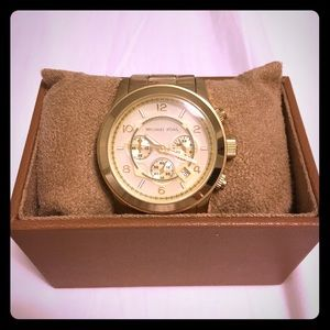 🚻 MICHAEL KORS Chronograph Watch