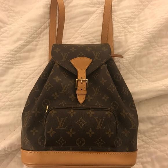 01e1457c46d9 Louis Vuitton Handbags - Louis Vuitton Montsouris Backpack MM