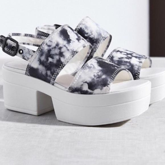 49629771d09 Urban Outfitters Vagabond Lindi Platform Sandals