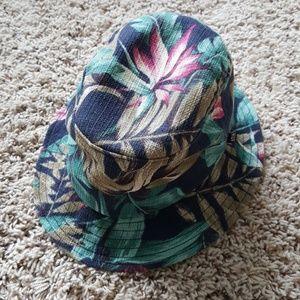 Huf Hawaiian bucket hat