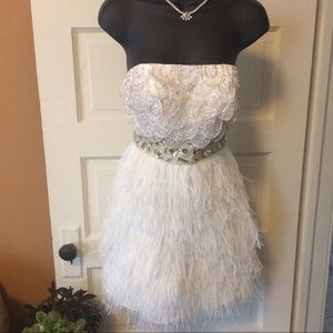 Dresses & Skirts - Woman's size 2 White dress  homecoming wedding