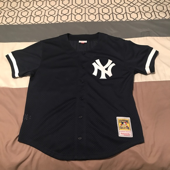 reputable site 9a3a1 da5c7 Mitchell & Ness NY Yankees Jersey size large