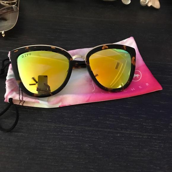 b6487dcd6ed9b Diff Eyewear Accessories - DIFF eyewear. Jojo fletcher sunglasses in yellow