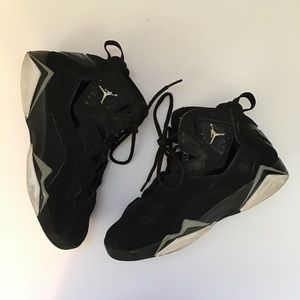 00909ed6b5cf28 Jordan Shoes - Nike Air Jordan True Flight Youth Kids Size 4.5