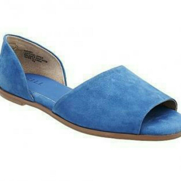 947a6db4e463 Gili open toe suede flat sandals- blue or green