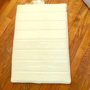 Other - ultra absorbent bathroom mat