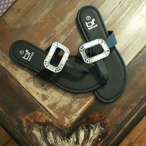 New in box BF Betani black sandals with bling