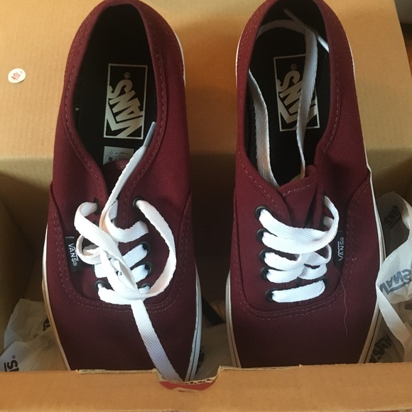 fab29e8f5e Maroon VANS with white laces. M 598e263d4127d04133096b80