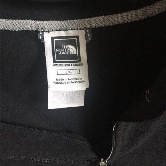 The North Face Sweaters - black women's north face pullover size L