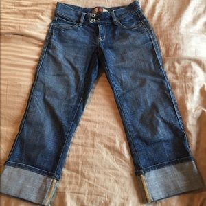 Old Navy Capri jeans in excellent condition
