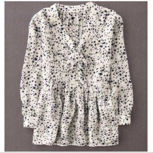 Boden Traci Top in White with Star Print. Size 6