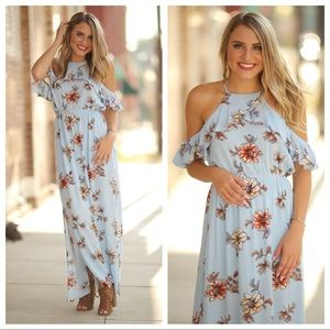✨RESTOCKED✨Blue floral ruffle cold shoulder maxi