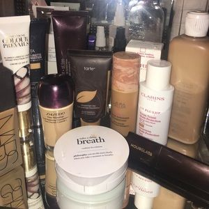 Foundations SHISEIDO and Lamer Not included