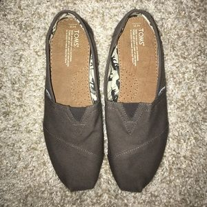 Other - Brand New Toms!
