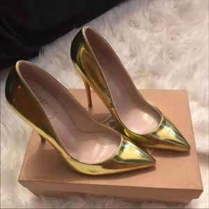 Shoes - Christian Louboutin 👠