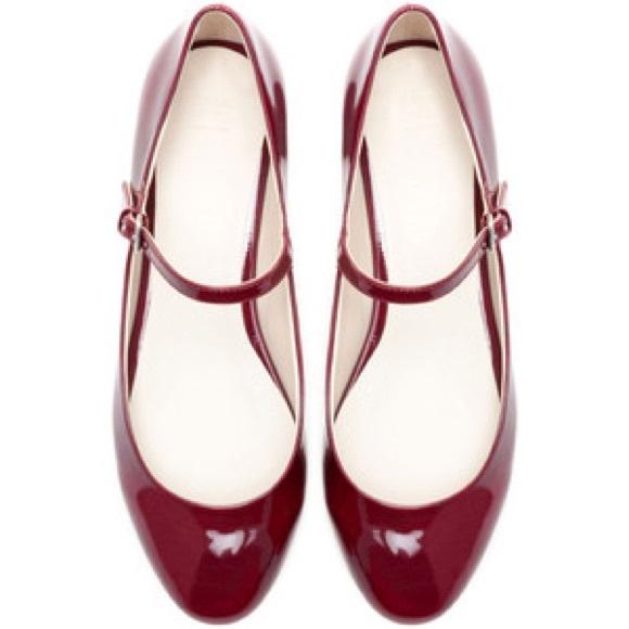 Zara red Mary Jane flats with small block heel. M 598e62e92de5126d090a64e3