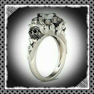 Jewelry - Ornate and Unique Skull Solitaire