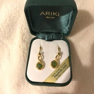 Jewelry - 22 Carat Gold Earrings (Made in New Zealand)