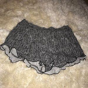 Black and white ruffle pattern shorts