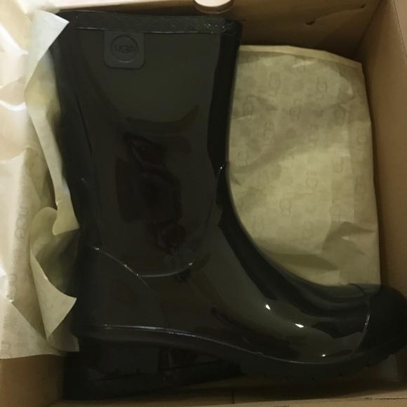 3feb836afec ❤️1 DAY SALE UGG sienna fur insole boots black nwt