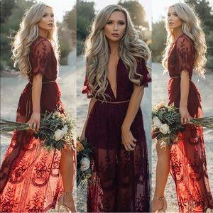 Dresses & Skirts - ❤️Beautiful Garnet Lace Maxi Dress